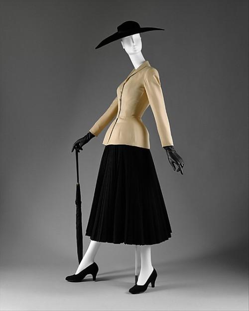 1947 bar suit 3