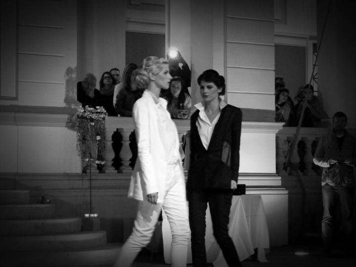 Prezentare de moda - Exodus Reinvented by Adriana Goilav 016
