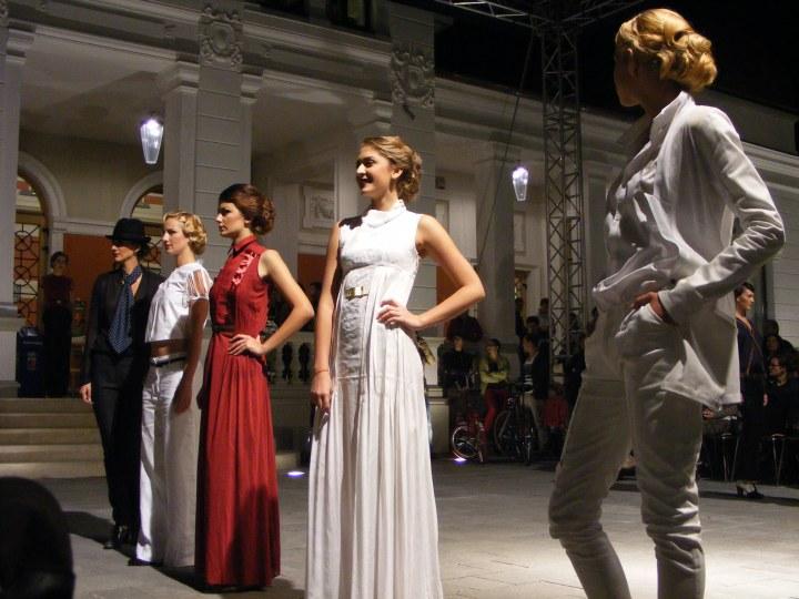 Prezentare de moda - Exodus Reinvented by Adriana Goilav 092