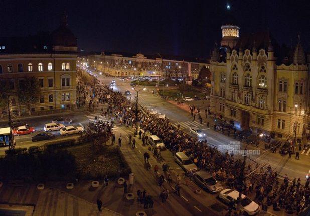 Ziua de 16 noiembrie sau ziua în care s-a produs schimbarea în România. Sursa foto: Andrei Niculescu